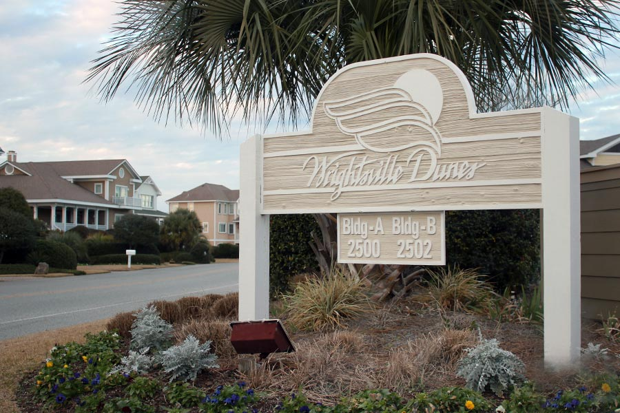 Wrightsville Dunes is a beachfront condo community in Wrightsville Beach, NC.